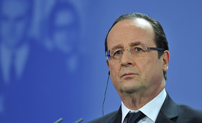 Hollande: Olağanüstü hal üç ay daha uzatıldı