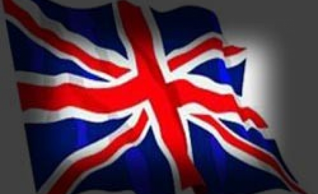 İngiltere sandık başında