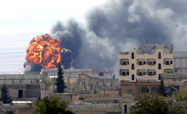 Şam'da çifte saldırı!