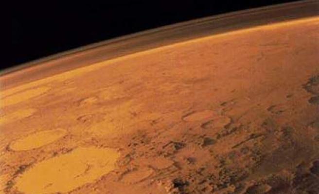 Mars'ta ABD'nin en büyük gölü büyüklüğünde buz kütlesi