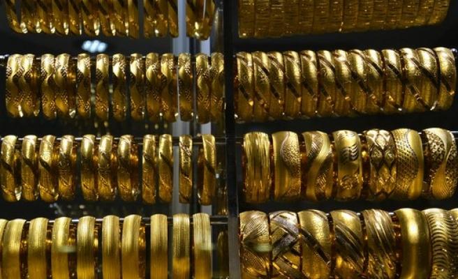 Serbest piyasada altının gramı 100,8784 TL'den işlem gördü