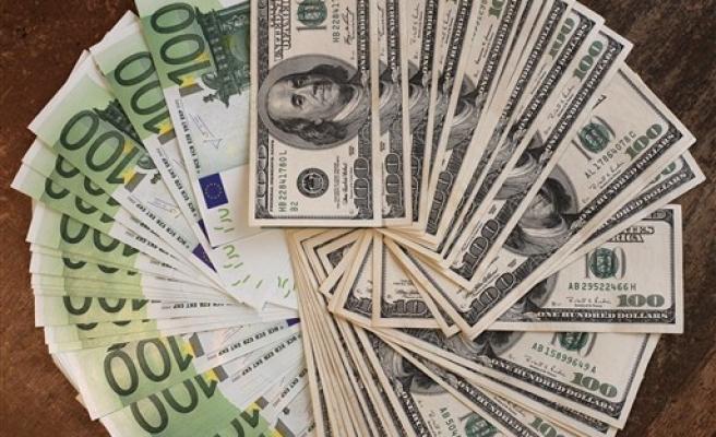 Dolar güne 2,8508 TL, Euro 3,275 TL'den başladı