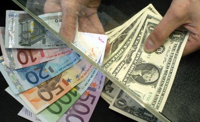 Dolar güne 2,9398 TL, Euro 3,294 TL'den başladı