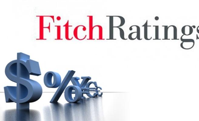 Fitch küresel büyüme tahminini aşağı çekti