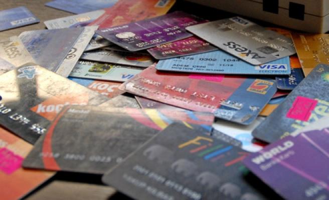 Ekimde 50 milyar TL'lik kartlı ödeme yapıldı