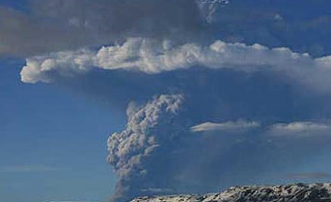 Büyük Bir Yanardağ Patlaması İnsanlığın Sonunu Getirebilir