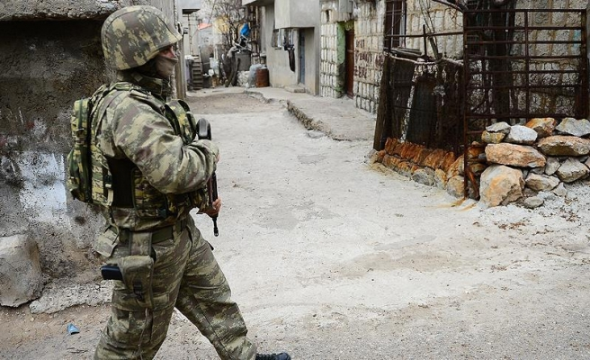 Ağrı'da Çatışma: 3 Asker Yaralı