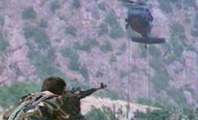 Beytüşşebap'ta PKK'dan bombalı tuzak : 2 korucu şehit, 1 yaralı