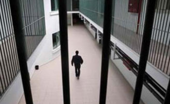 FETÖ zanlısı cezaevi ziyaretinde yakalandı