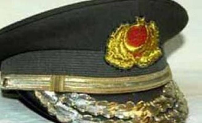 Darbeci albayı gözaltına aldıran tümgeneral emekli edildi