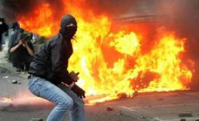 Türkiye'nin Nantes konsolosluğunu molotoflu saldırı