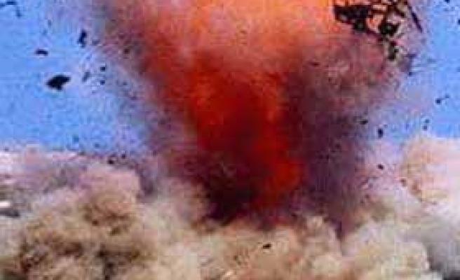 Van'da patlama! 1 sivil öldü