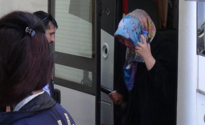 FETÖ operasyonunda 20 'abla' tutuklandı
