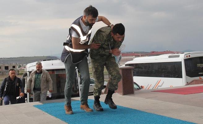 Foça Deniz Üs Komutanlığındaki 201 asker gözaltına alındı