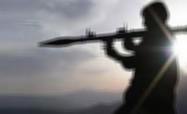 Muş'ta PKK'dan yük trenine bombalı saldırı