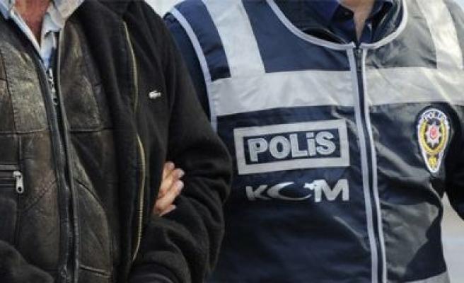Bursa'da FETÖ/PDY operasyonunda 20 işadamı adliyeye çıkartıldı