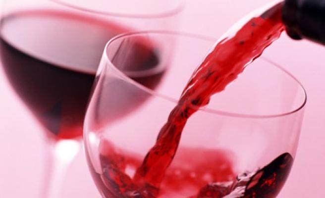 Sahte içkiden ölenlerin sayısı 26'ya yükseldi!