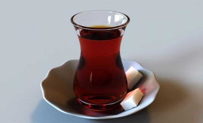 Sahurda Çay Yerine Maden Suyunu Tercih Edin