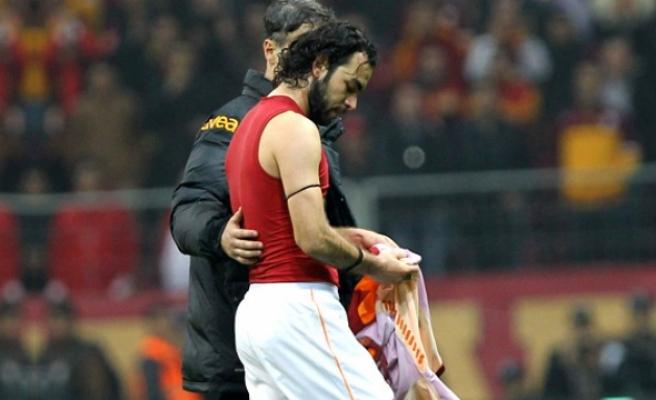 Galatasaray'da Selçuk İnan krizi tatlıya bağlandı