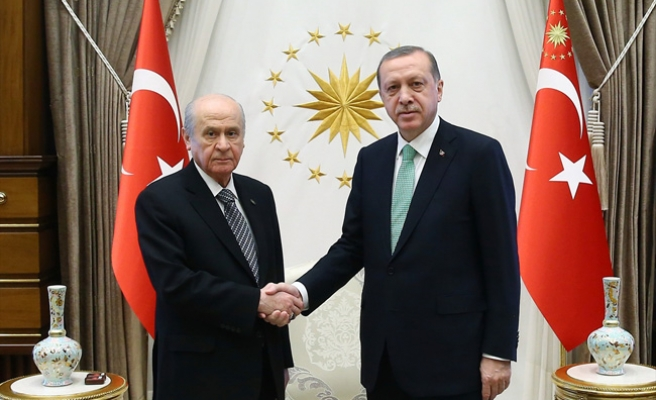 Beştepe'de Erdoğan-Bahçeli görüşmesi 1 saat sürdü