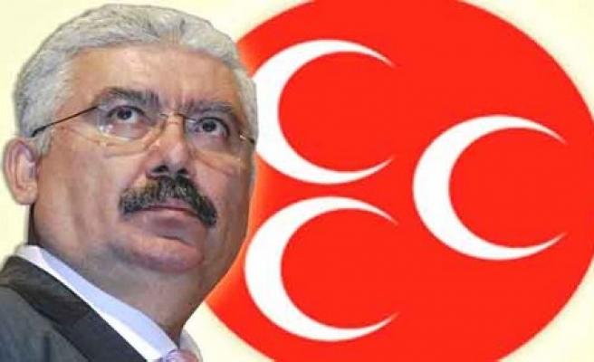 MHP'li Yalçın'dan Abdulkadir Selvi'ye: Gazeteciler yetişmesine engel olan makiler gibisiniz