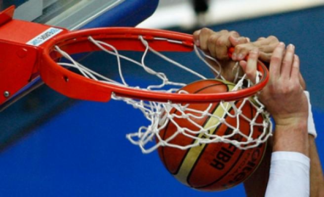 Basketbolda yarı finale yükselen takımlar belli oldu
