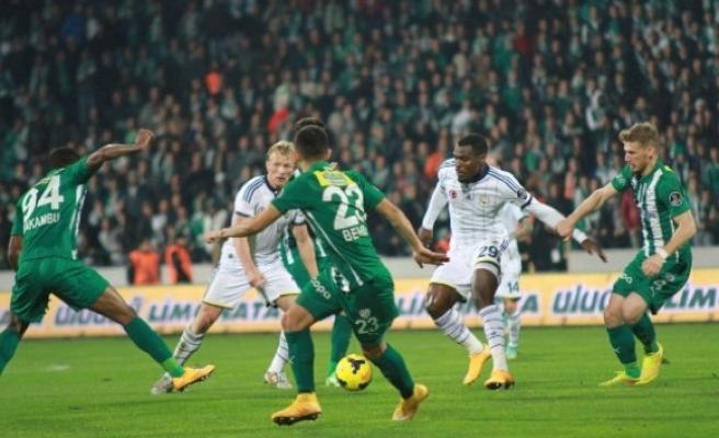 Fenerbahçe evinde Bursaspor'a kaybetti
