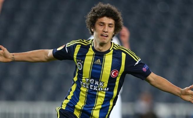 Antalyaspor, Fenerbahçe'de Forma Bulamayan Salih Uçan'a Talip Oldu