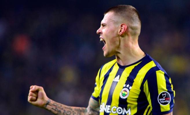 """Fenerbahçe'nin savunma oyuncusu Skrtel: """"Cenk, dünyanın en iyi ligine gitti"""""""