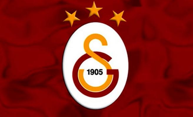 Galatasaray yıldız futbolcuyla görüştüğünü KAP'a bildirdi