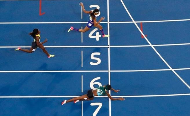 Bahamalı kadın atlet Miller altına uçtu!
