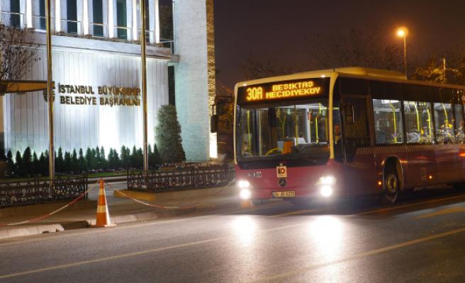 İETT'nin Kadın Yolcular İçin Gece Düzenlemesi Başlıyor
