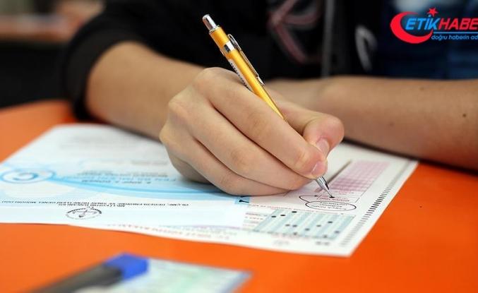 Liselere girişte başvuru süresi yarın saat 18.00'e kadar uzatıldı