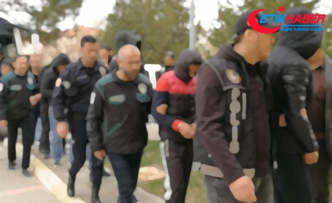 Ankara'da 108 gözaltı !
