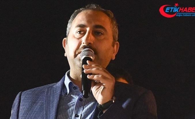 Adalet Bakanı Gül: Demokraside herkes en dürüst şekilde oyunu kullanmalı