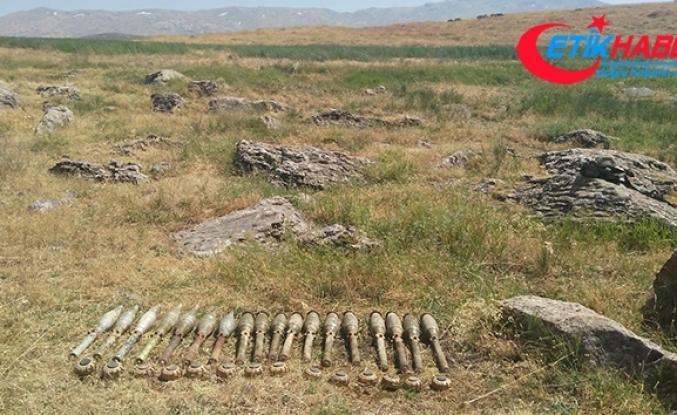 Siirt'te PKK'ya ait patlayıcı ve mühimmat ele geçirildi