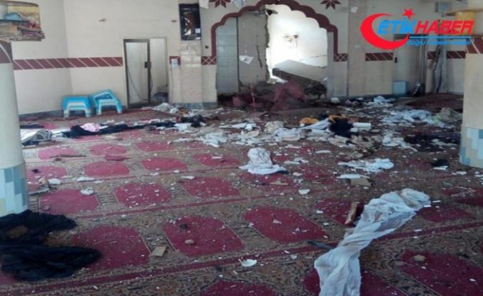 Pakistan'da camiye saldırı: 5 ölü, 15 yaralı