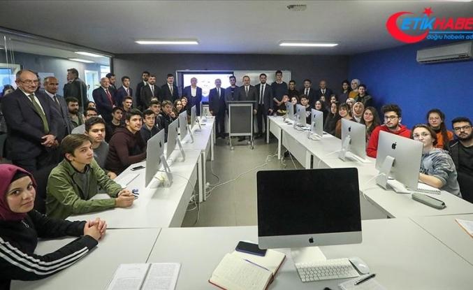 Bakan Çavuşoğlu: Uluslararası ilişkilerde sürekli dost ya da sürekli düşman yoktur