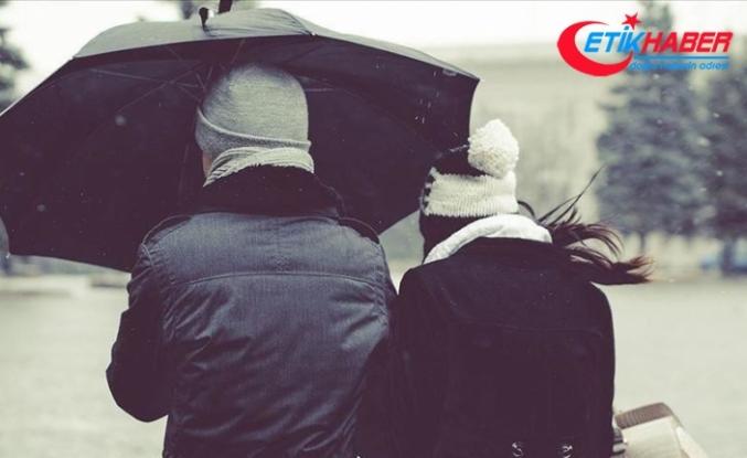 Meteoroloji'den Doğu'daki 6 il için kuvvetli rüzgar ve fırtına uyarısı