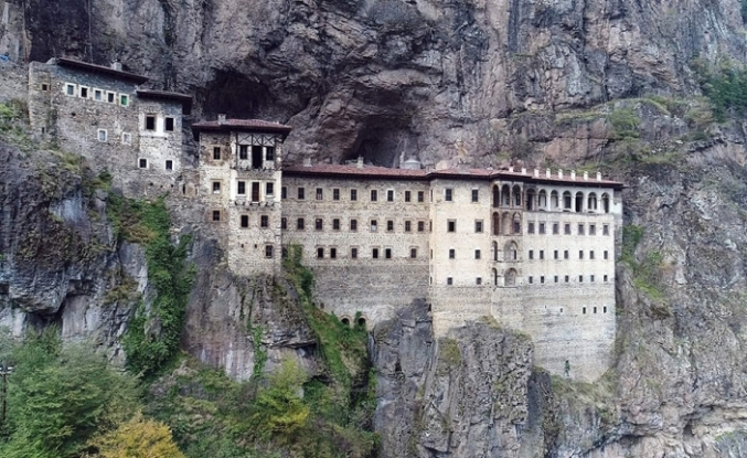Sümela Manastırı'ndaki restorasyon çalışmaları tekrar başladı