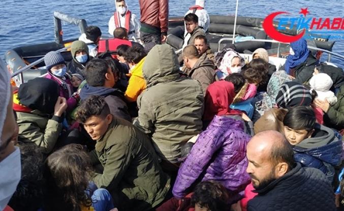 İzmir'de 59 düzensiz göçmen kurtarıldı