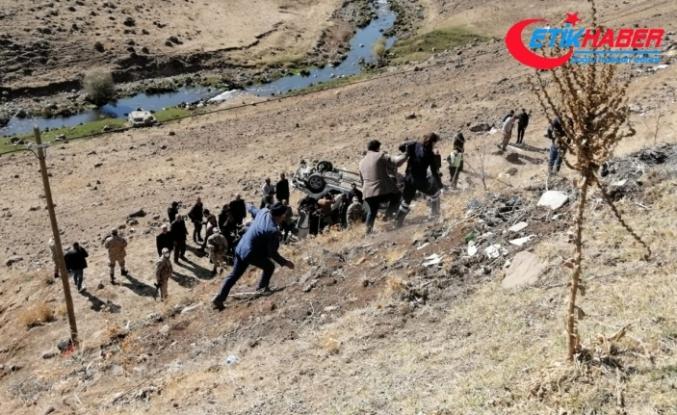 Bingöl'de feci kaza: 3 ölü, 2 yaralı