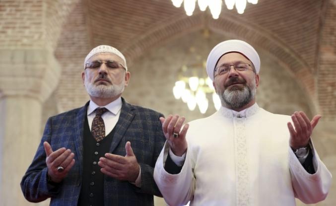 Diyanet İşleri Başkanı Erbaş ve Hafiz Osman Şahin Şuşa'da çifte ezan okudu