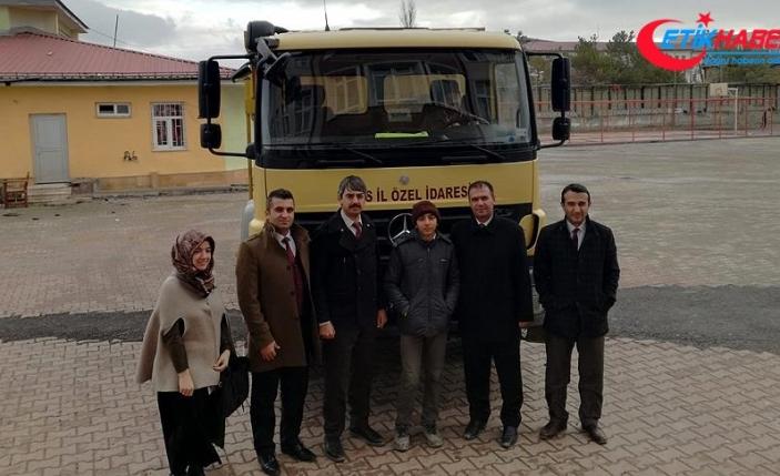 Özel öğrenci Burak'ın 'kamyon' sevinci
