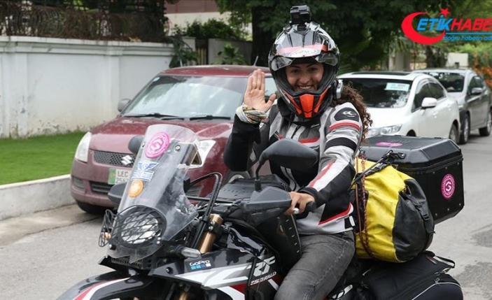 Türk kadın akademisyen motosikletiyle dünyayı keşfediyor