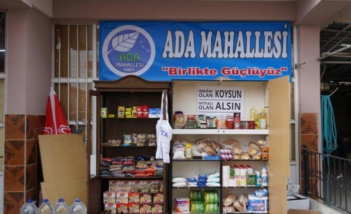 Kütahya'da ihtiyaç sahipleri için sokağa yardım rafı kuruldu