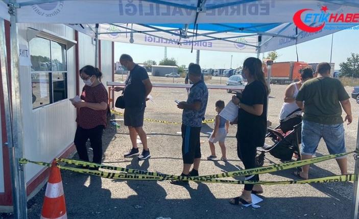 Gurbetçilere 'sınır kapısında beklememek için konoravirüs testini memleketinizde yaptırın' tavsiyesi