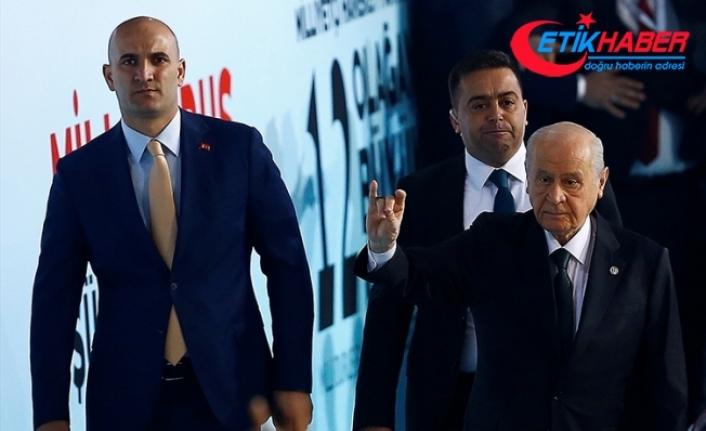 Olcay Kılavuz'dan MHP Lideri Bahçeli'ye Ülkücü Türk Gençliği Adına Teşekkür