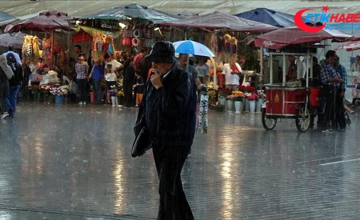 İstanbul'da sağanak etkili oluyor