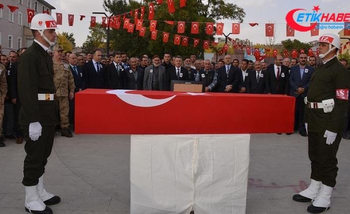 Şehit Özyolci son yolculuğuna uğurlandı